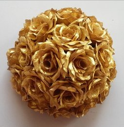 Wholesale Gold Kissing Balls Wholesale - New 10Pcs Lot 20cm Super Elegant Gold Silk Rose Artificial Flower Ball Kissing Ball For Wedding Party DIY Bridal Flower Decor HJIA446