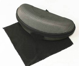 Wholesale Cleaning Cloths Wholesale - 100% NEW FREE SHIPPING FOR SUNGLASSES BLACK ZIPPER CASE BOX AND CLEANING CLOTH TOP QUALITY FAST SHIP.