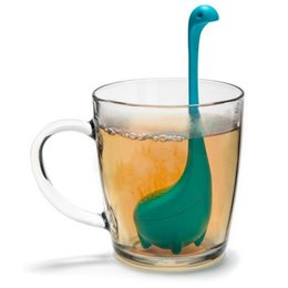 Wholesale Silicone Tea Leaf Infuser - Tea Infuser The Nessie Loose Leaf Tea Infusers with Long Handle Neck & Cute Ball Body Loch Ness Monster Silicone Tea Strainer & Steeper