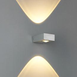 2019 современная лампа для наружной установки вверх и вниз боковое освещение 6 Вт светодиодные настенные лампы современный компактный размер два способа освещения водонепроницаемый открытый светодиодные настенные светильники бра дешево современная лампа для наружной установки