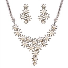 Wholesale Czech Crystal Necklaces - Pearl Statement Necklaces Lady Choker Necklaces Crystal Jewelry Set Czech Crystal Jewelry Set For Women Wedding Jewelry