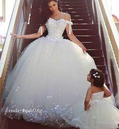Lindo vestido muçulmano on-line-Vintage vestidos de noiva princesa vestido de baile bonito ombro inchado Off muçulmanos formal Vestidos elegantes da festa nupcial