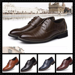 Wholesale Cut Out Homecoming Dresses - 2017 New Arrival luxury Men Glitter Studded Rivet Spike Casual ShoeS Flats Male Homecoming Dress Wedding Prom Shoes Driving Loafers