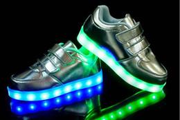 Повседневная обувь для танцев онлайн-2016 новый стиль детские светодиодные обувь дети ночной клуб танцевальная обувь мальчиков и девочек кроссовки мода обувь повседневная обувь для 4-16 лет ребенка.