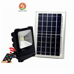 Wholesale 12v Lighting China - Outdoor Solar LED Flood Lights 100W 50W 30W 70-85LM Lamps Waterproof IP65 Lighting Floodlight Battery Panel Power Remote Contorller China