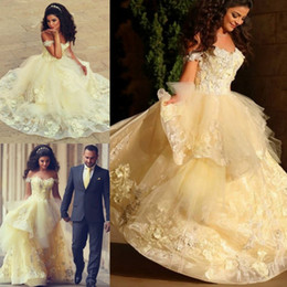 Wholesale White Tire Cap Lights - Light Yellow Organza Ball Gown Wedding Dresses 2017 Said Mhamad Arabic New Sweetheart Cap Sleeves Appliques Tired Ruffles Vestido De Noiva