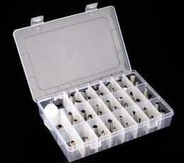 Canada Trousses de décoration de gâteau Trousses de tuyauterie pour tuyauterie en acier inoxydable de 42 pièces avec boîte en plastique avec coupleur Offre