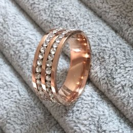 Wholesale Famous Wedding Bands - Wholesale-Famous Brand Luxury 18K rose gold Plated CZ diamond Champagne rings Top Classic Design Wedding lovers Ring for Women and Men