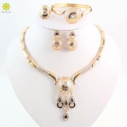 Wholesale Chunky Bridal Jewelry - New Design Dubai Women Fashion Jewelry Set Australia Crystal 18k Gold Plated Chunky Necklace Bangle Wedding Bridal Jewelry Sets