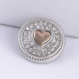 Wholesale Snaps Rhinestones - Noosa Snap Button 18MM Heart Rhinestone Ginger Snap Chunk Charm Button Interchangtable Diy Jewelry Noosa Button For Noosa Bracelet