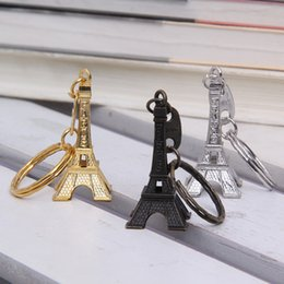 Wholesale Retro Advertising - Couple Lovers Key Ring Advertising Gift Keychain Alloy Retro Eiffel Tower Key Chain Tower French France Souvenir Paris Keyring