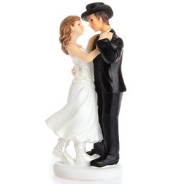 Wholesale Western Wedding Cake Toppers - A Sweet Western Embrace Cake Topper Wedding Topper Wedding Gift Cake Topper Wedding Cake Decorations 2016 June Style
