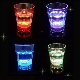 Wholesale Led Light Beer Mugs - 12pcs Plastic LED Light Glow Flash Drink Beer Beverage Cup Glass Mug Weddings Party Bar LED induction Cup luminous cup supplies F533