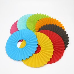 Wholesale waterproof kitchen mat - Kitchen Placemat Originality Circular Silicone Dish Mat Waterproof Table Cushion Heat Resisting For Home Supplies Colorful Pad 345rc C R