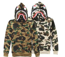 Wholesale Men S Leisure Outfits - men camouflage to add wool fleece, sweethearts outfit hooded men and women leisure coat, 1:1 quality, color as shown in figure