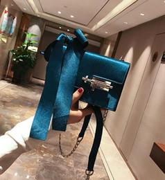 Wholesale Plain Hand Fans - wholesale brand handbag and fan bow velvet chain small bag leisure pure Jack woman single shoulder bag simple fashion velvet hand bag