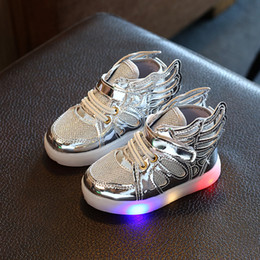 Wholesale Toddler Shoes Wings - LED Shoes Children Wings Shoes With Light Children Glowing Sneakers Led Kids Lighted Shoes Infant Toddler Boy Girls LED Flashing A7282