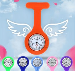 Wholesale Silicon Pocket - Wholesale Christmas Gift Nurse Medical watch Silicone Clip Pocket Watches Fashion Nurse Brooch Fob Tunic Cover Doctor Silicon Quartz Watches