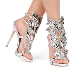 Wholesale Party Golden Sandals - 2016 Luxury women red suede Cruel Summer sandals polished golden metal leaf Winged Gladiator Sandals toe band 12cm Heels Shoes