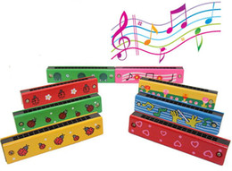 Wholesale Paint Wooden Toys - Children painted wooden harmonica. Creative enlightenment educational toys musical instruments. Multicolor green parenting aids
