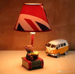 draußen mobile bars Rabatt Little Doll Schlafzimmer schöne Nachttischlampen Garten frischen Stil kreative kleine Tischlampe Leselampe Grizzlies Desktop-Lampen Kinder r