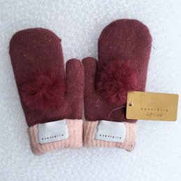 Wholesale lovely gloves - Fashion Women's Brand Gloves for Winter and Autumn Cashmere Mittens Gloves with Lovely Fur Ball Outdoor sport warm Winter Gloves A++++