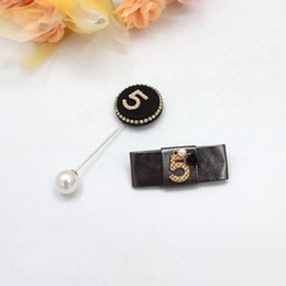 Wholesale Wedding Cameo Brooch - New Fashion Elegant European Hot Lady Cameo Brooch Pins Five Designs Christmas Gifts Scarf Buckel Decorations Jewelry Top-rated Wholesale