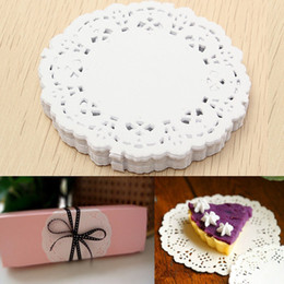 Wholesale White Paper Doilies - Wholesale- White 100Pcs Set 8.8cm Paper Lace Doilies Cake Candy Mat Tablemat Tray Home Party Table Decoration Wedding Gift Package Pad