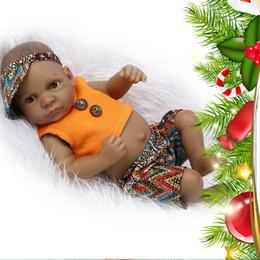2019 realistische babypuppe silikon 28cm Volle Silikon Reborn Baby Jungen Puppe Mini Vinyl lebensechte realistische Babypuppen Spielzeug mit Tuch für Alter 3+ günstig realistische babypuppe silikon