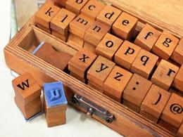 Canada Vente chaude Vintage DIY Numéro Et Alphabet Lettre Bois Tampons En Bois Set Avec Boîte En Bois Pour L'enseignement Et Jouer Offre