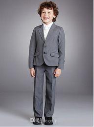 Wholesale Custom Boys Dress Coat - Tailored boy flower girl dress peak lapel 2 children daily dress button gray three-piece (coat + pants + jacket) A1