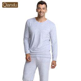Tricô bambu conjunto on-line-Atacado-Qianxiu marca pijamas de malha de fibra de bambu vestido de casa Plus Size Men pijama Set frete grátis