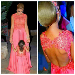 Wholesale Beating Dress - Couple Water Melon Chiffon Skirt Mother And Daughter Beat Matching Evening Prom Party Gowns Open Back Lace Appliques Flower Girls Dress