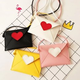 Wholesale Bags For Baby Girls - Wholesale- Brand New Children Envelope Bag Heart Patchwork Girls Candy Color Messenger Bag Babies Fashion Coin Purse Gifts for Baby