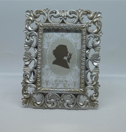"""Wholesale Vintage Picture Frames Wholesale - 4x6"""" and 5x7"""" Kate Vintage distressed Picture Frames Rectangle Creative Resin Photo Frame with Classic Hollow up Around Edging Design"""