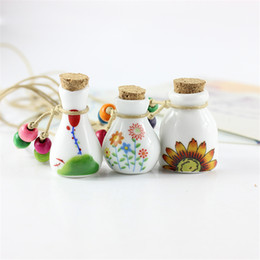 Wholesale Vintage Necklace Bottle - Essential oil diffuser necklaces Colourfol flowers adjustable pendant rope necklace aromatherapy vintage wishing perfume bottle for lover