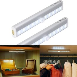 Wholesale Sensing Motion - Portable 10 LED PIR Sensor Wireless Motion Sensing Wall Closet Cabinet Night Light With Magnetic Strip Stick-on Anywhere Battery Operated