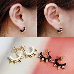 Wholesale Ear Hoop Stud Earrings - Cheap Men Women Fashion Punk Rivet Ear Studs Gothic Hoop Earrings Cute Jewery Black ANd White Gifts ZJ-E01