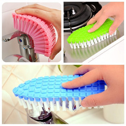 Wholesale toilet water - Hot sale bathroom tool Bendable Corner brush Bathtub brush water faucet cleaning brush Household necessities IA932