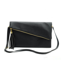 Wholesale g bags wholesale - wholesale PU handbag G pattern tassel shoulder bag makeup bag 2 color option