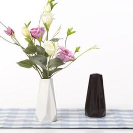 Les bords Coins Vases En Céramique Blanc Noir Vase De Table Décoration De La Maison vase De La Mode Moderne vases ? partir de fabricateur
