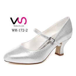 Wholesale Charm Foot Shoes - Shinny Silver Color Plain Lace Pump Wider Feet Elegance Style Bridal Shoes Wedding Dress Shoes Handmade Shoes for Wedding Prom Party Shoes