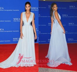 Wholesale Plunge Chiffon Dress - CHANEL IMAN Blue Sleeveless Plunging RED CARPET DRESS 2016 Cannes Deep V-Neck Long Chiffon Crystal Beaded Celebrity Evening Formal Gowns