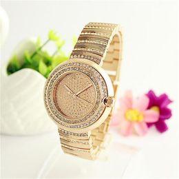 Купить модные часы с кристаллами оптом