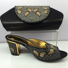 2017 conception de chaussures de couleur Les dernières chaussures et sacs de femmes design en Italie Blackc Color Slip on African Shoes and Bag Set To Match for Parties Italian Shoes conception de chaussures de couleur autorisation