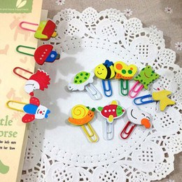 Wholesale Animal Clip Bookmarks - Lovely 100pcs lot Wooden Animals Shape Bookmarks Colored Paper Clip Cartoon Book Marks Cute Prize Gifts Papelaria