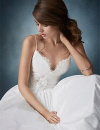 Wholesale Sweatheart Backless Wedding Gowns - 2017 spaghetti straps wedding gowns cheap backless sweatheart a line long wedding dresses bridal gowns sweep train Wedding dress