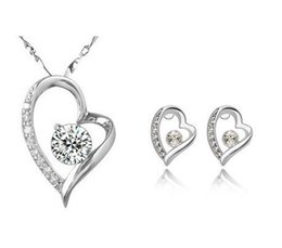 Wholesale swarovski elements hearts - 18K White Gold Plated Cute Women Crystal Jewelry Sets Made With Swarovski Elements Necklace Earrings Diamond Jewelry Set Wedding Sets Gift