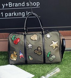 Wholesale Cell Phone Cloth - Wholesale fashion brand handbag factory large capacity Oxford cloth bag simple sequined woman portable bag leisure Sequin high-capacity port