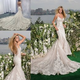Wholesale Exquisite Sweetheart Mermaid - 2017 New Sexy Backless Mermaid Wedding Dresses Exquisite Lace Appliques Beaded Sweetheart Arabic Bridal Gowns with Luxury Chapel Train